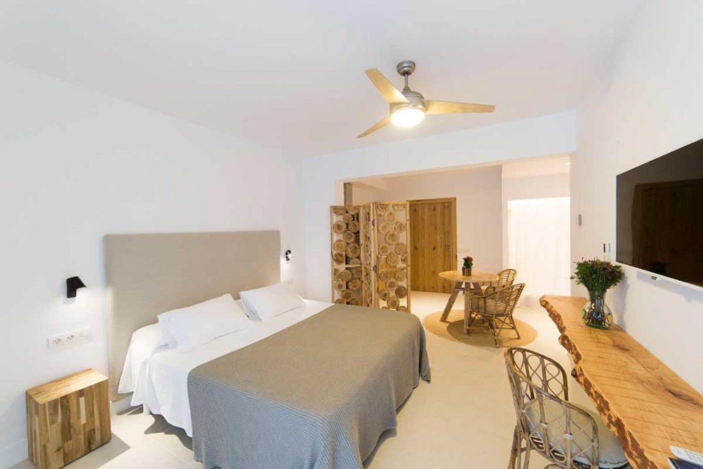 Olvídate de los Hoteles con Encanto en Formentera